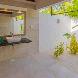 Luxury Maldives Honeymoon Innahura Inter Connecting Beach Bungalows 8