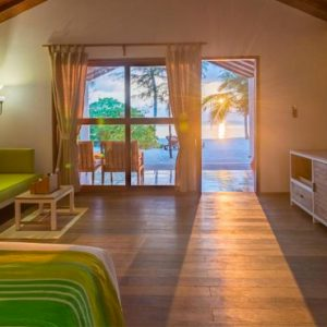 Luxury Maldives Honeymoon Innahura Sunset Beach Bungalows 13