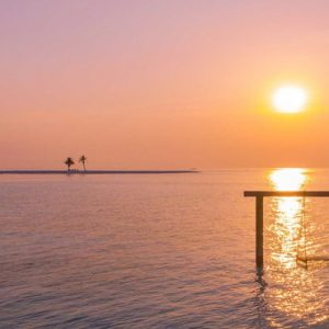 Maldives Honeymoon Packages Innahura Swing In Lagoon With Sunset