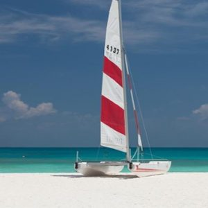 Maldives Honeymoon Packages Innahura Watersports4