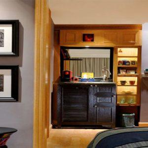 1 King Bed Neighbourhood1 Hotel Indigo Bali Seminyak Beach Bali Honeymoons