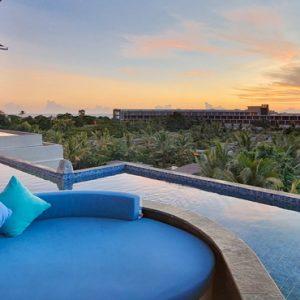BLU Sky Restaurant Bar Lounge3 De Vins Sky Hotel Seminyak Bali Honeymoons