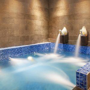 Nari Spa Jacuzzi De Vins Sky Hotel Seminyak Bali Honeymoons