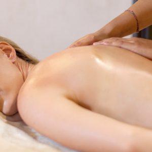 Nari Spa Spa Massage De Vins Sky Hotel Seminyak Bali Honeymoons