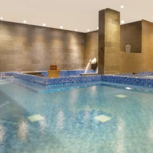 Nari Spa Pool De Vins Sky Hotel Seminyak Bali Honeymoons
