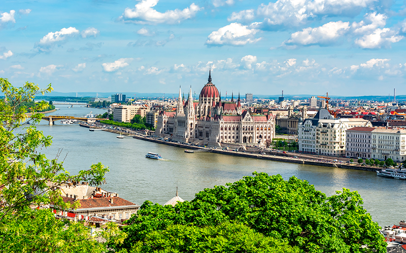 Top Places In Europe To Celebrate Your First Wedding Anniversary Budapest