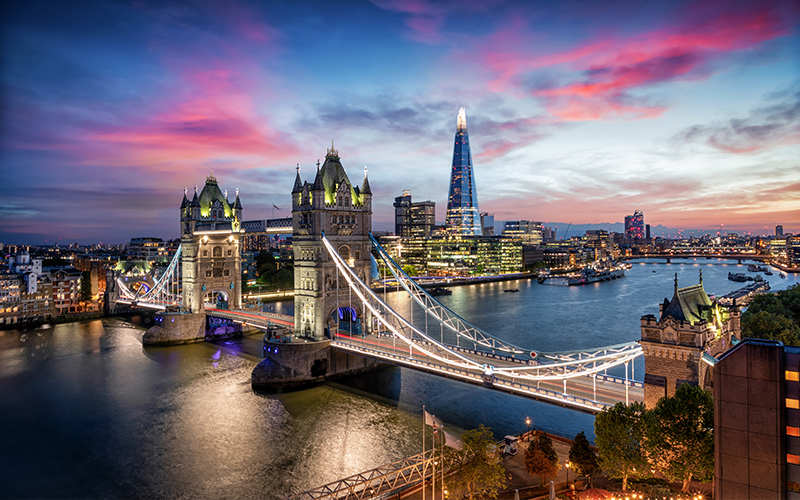 Top Places In Europe To Celebrate Your First Wedding Anniversary London