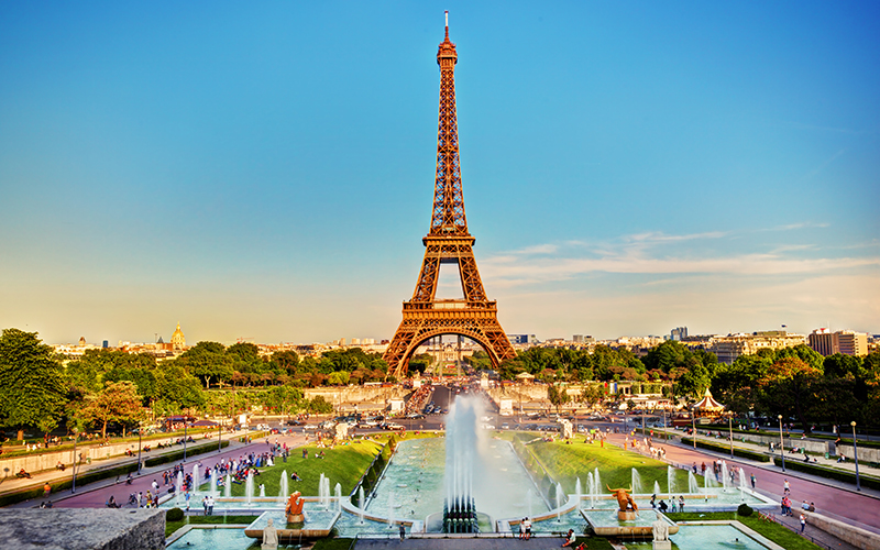 Top Places In Europe To Celebrate Your First Wedding Anniversary Paris
