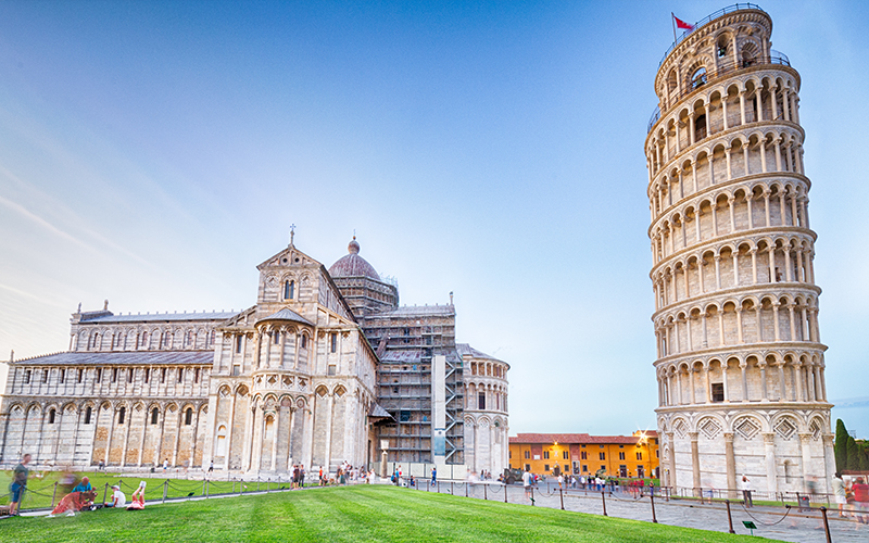 Top Places In Europe To Celebrate Your First Wedding Anniversary Pisa