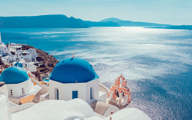 Top Places In Europe To Celebrate Your First Wedding Anniversary Santorini