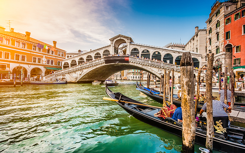 Top Places In Europe To Celebrate Your First Wedding Anniversary Venice