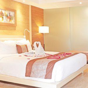 Whirlpool Suite2 De Vins Sky Hotel Seminyak Bali Honeymoons