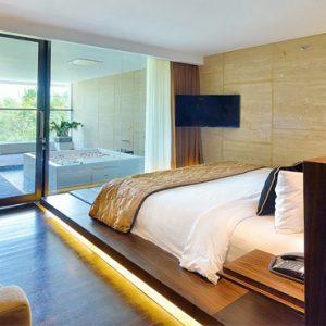 Whirlpool Suite4 De Vins Sky Hotel Seminyak Bali Honeymoons