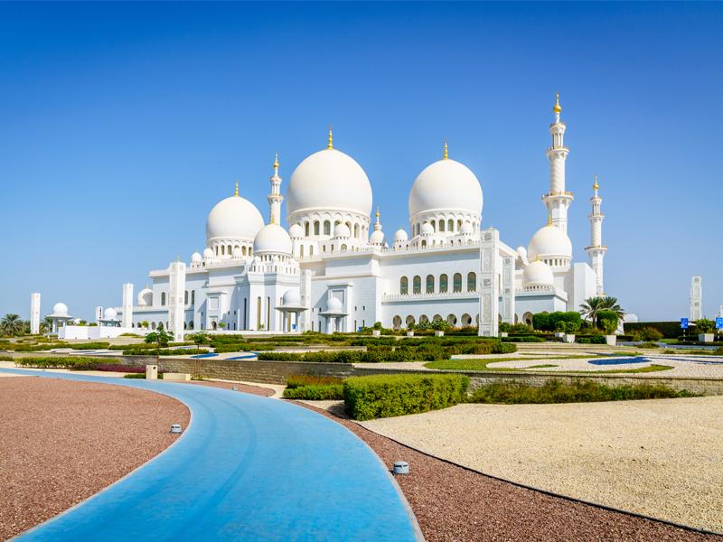 Abu Dhabi Grand Mosque Abu Dhabi Vs Dubai Honeymoon