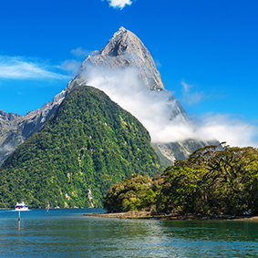 Milford Sound New Zealand Honeymoon Cruises